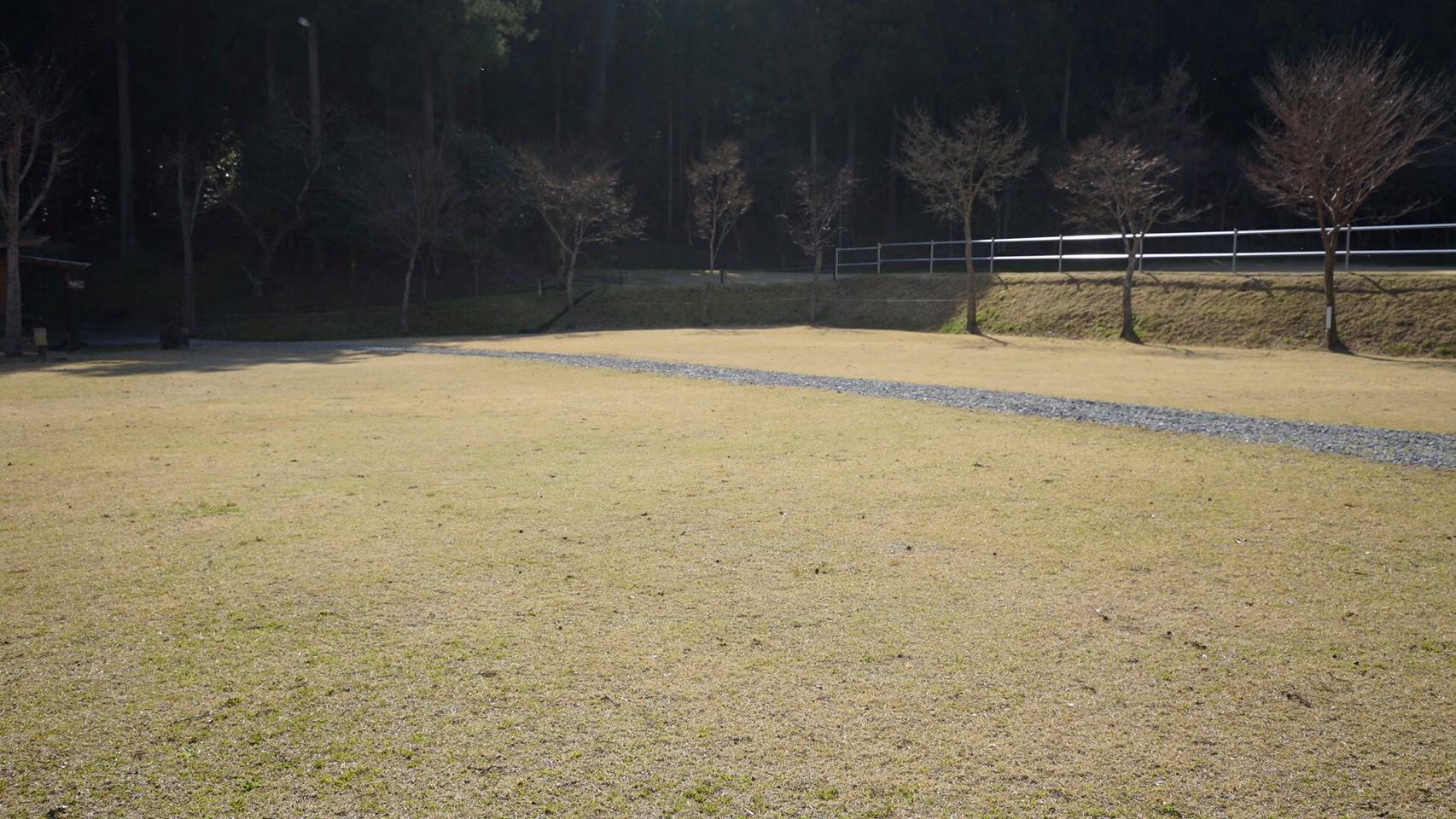 【富士が見える芝サイト 御殿場市】『御殿場欅平ファミリーキャンプ場』攻略ガイド(駐車場・トイレ)