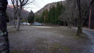 【静かで西湖近く】『西湖キャンプ場テント村』攻略ガイド(駐車場・トイレ)