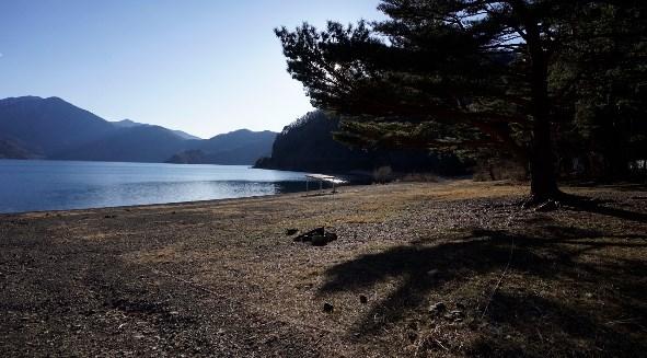 【神秘の湖!本栖湖を満喫】『本栖レークサイドキャンプ場』攻略ガイド|山梨県