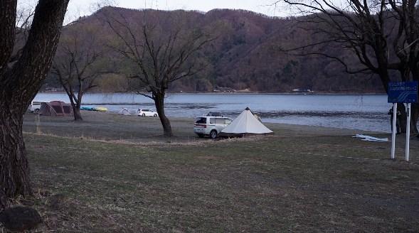 【山梨 富士河口湖町】『西湖自由キャンプ場』攻略ガイド
