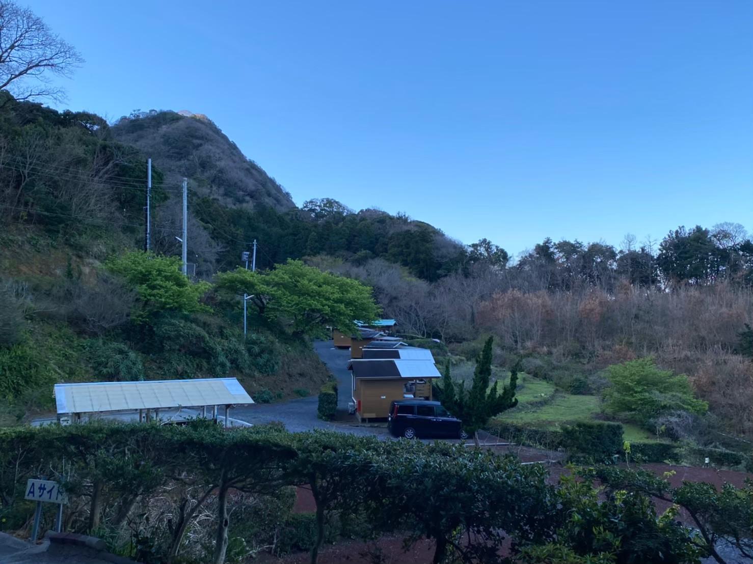 【富士と駿河湾の絶景|賀茂郡松崎町】『雲見オートキャンプ場』攻略ガイド(駐車場・トイレ)